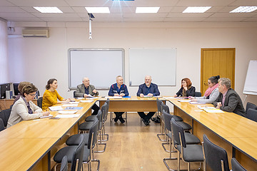 A MEETING WAS HELD TO DISCUSS THE SUBMITTED APPLICATION FOR A JOINT PROJECT